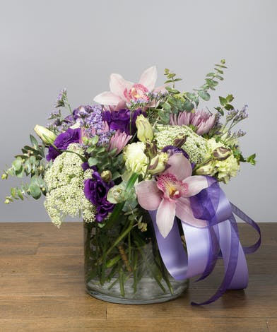 Premium flowers in shades of lavender in a vase