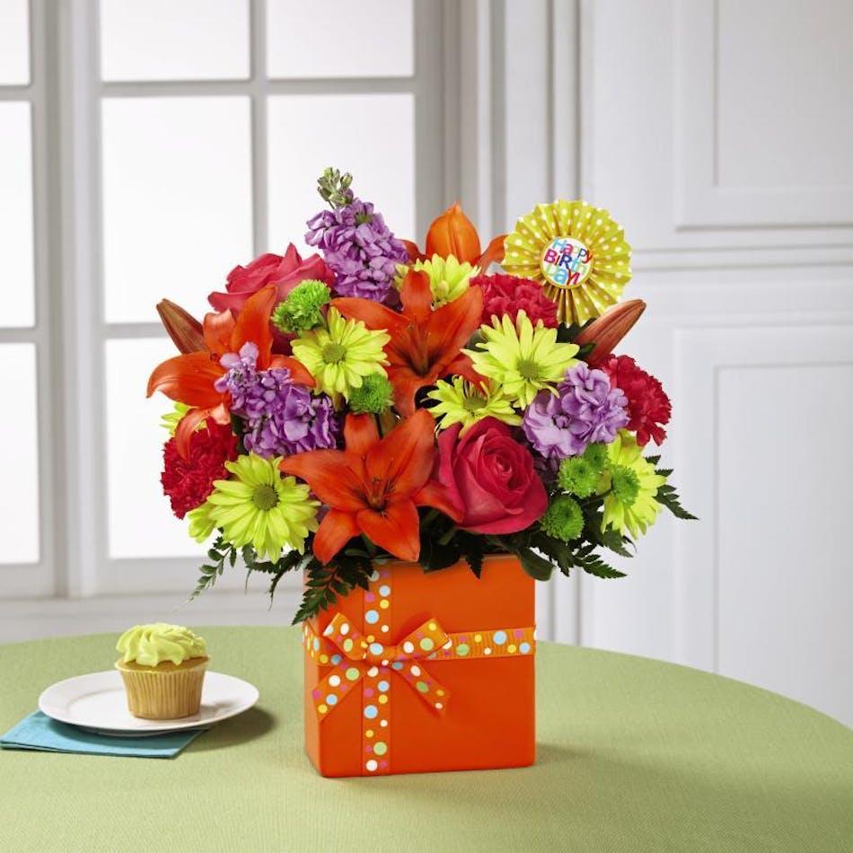 Set To Celebrate Birthday Bouquet Birthday Flowers Birthday